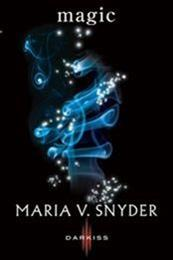 descargar epub Magic – Autor Maria V. Snyder